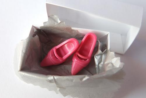 barbie pink mary-jane shoes court doll toy