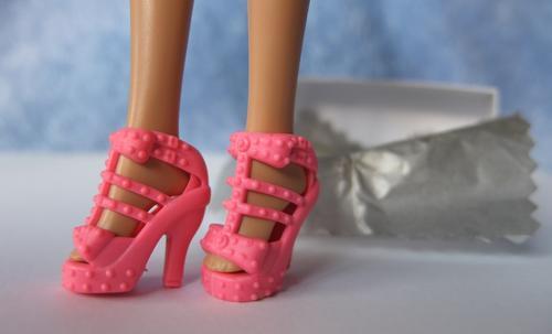pink barbie high fashion doll toy
