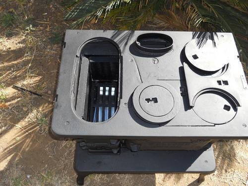 Appliances Dover No 6 8 Coal Stove Was Sold For R4 950