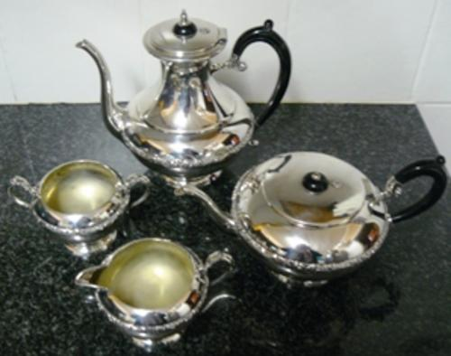 EP Copper Lead Mounts http://www.bidorbuy.co.za/item/19781098/Magnificent_Tea_Coffee_Set_Lovely_Condition_R1_N_R.html