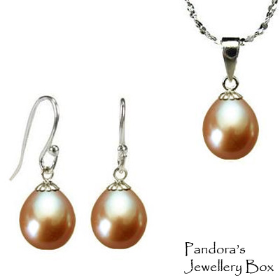 freshwater drop pearls pendant necklace earrings