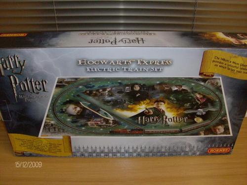 Railway Hornby 00 Scale R1128 Harry Potter And The Half