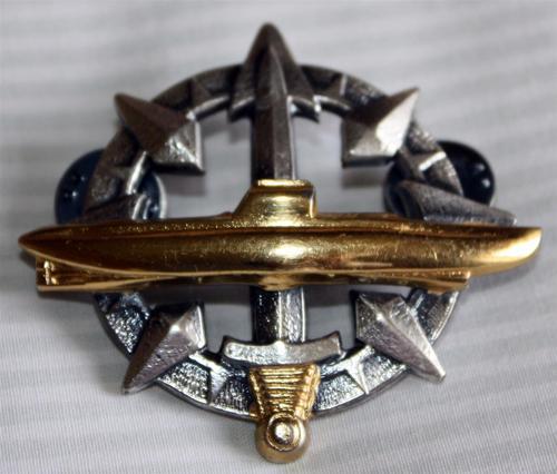 International Badges Amp Insignia Submarine Insignia Book