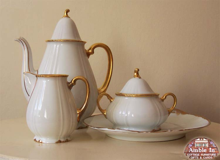 Bavarian Tea Pot, Milk Jug, Suger Bowl and Plate