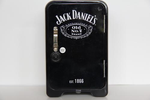 bar accessories jack daniels tin safe 2x50ml bottles tot measure and glass was sold for r1. Black Bedroom Furniture Sets. Home Design Ideas