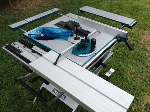 Makita Portable Table Saw