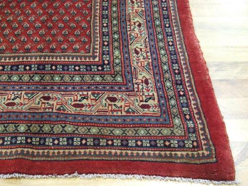 PERSIAN & ORIENTAL RUGS & CARPETS