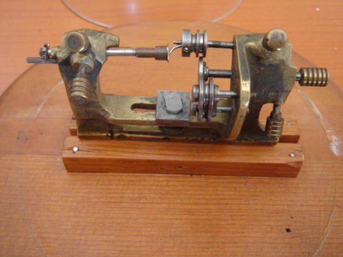 project report on wooden lathe Express your inner maker shop penn state industries for fun and inspiring woodturning project kits, pen blanks, pen turning supplies, lathe accessories, midi lathes and more.